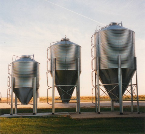 7 Foot Diameter Bins - 4.6 tons to 10.8 tons
